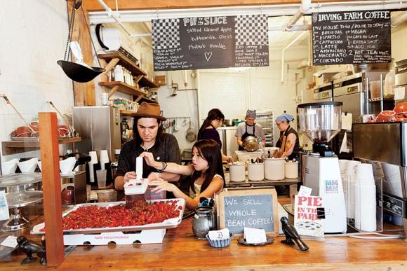 Four & Twenty Blackbirds Pie Shop and Cafe