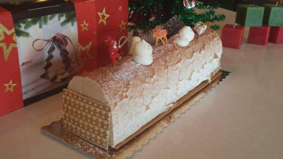 Madagascar Buche de Noel from Douceur de France - Photo Courtesy of Douceur de France (GA)